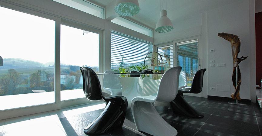 L 39 uso del vetro nelle case in legno stile ed efficienza for Case ranch su misura