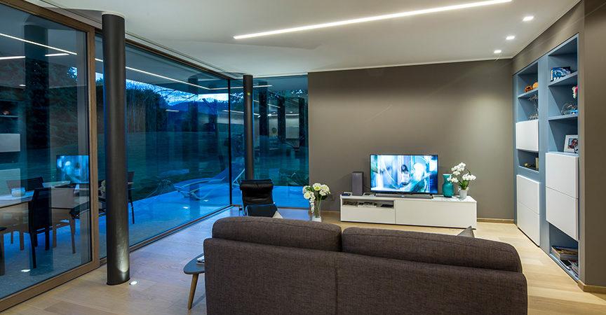 L 39 uso del vetro nelle case in legno stile ed efficienza for Case in vetro