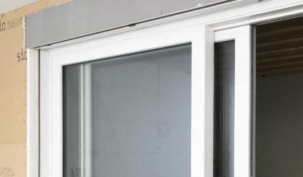 Tripli vetri e cassonetto a filo parete