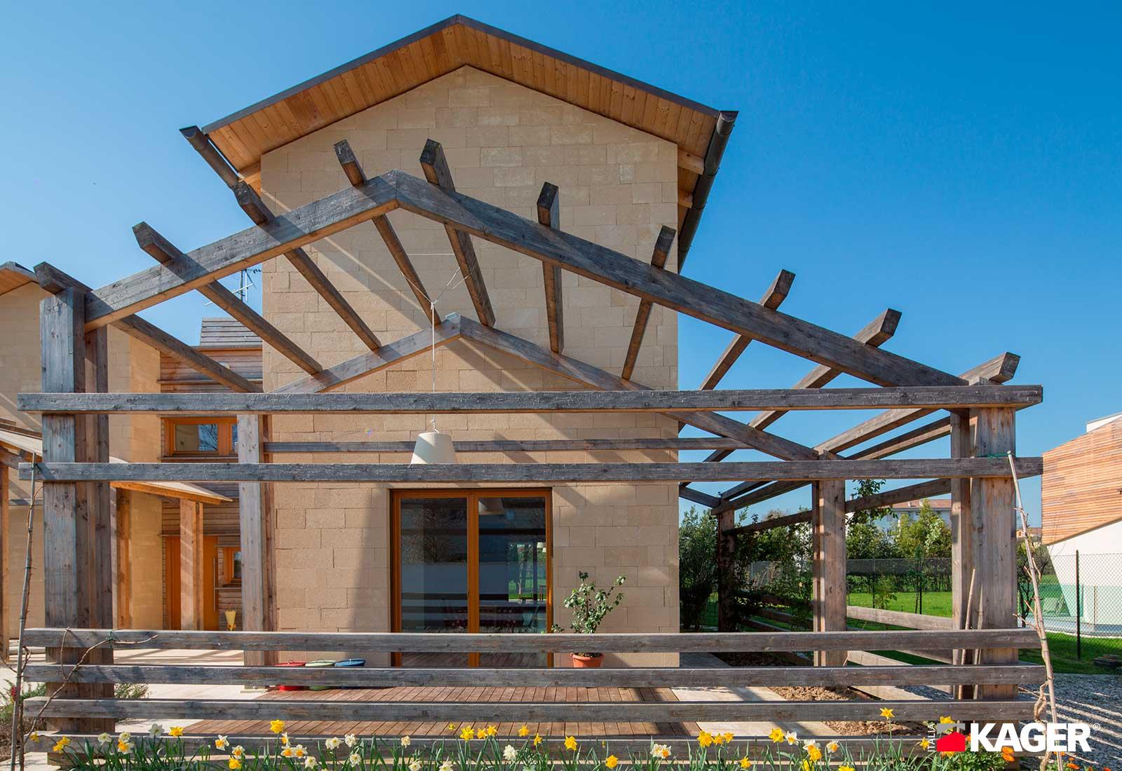 Casa-in-legno-Forli-Kager-Italia-02