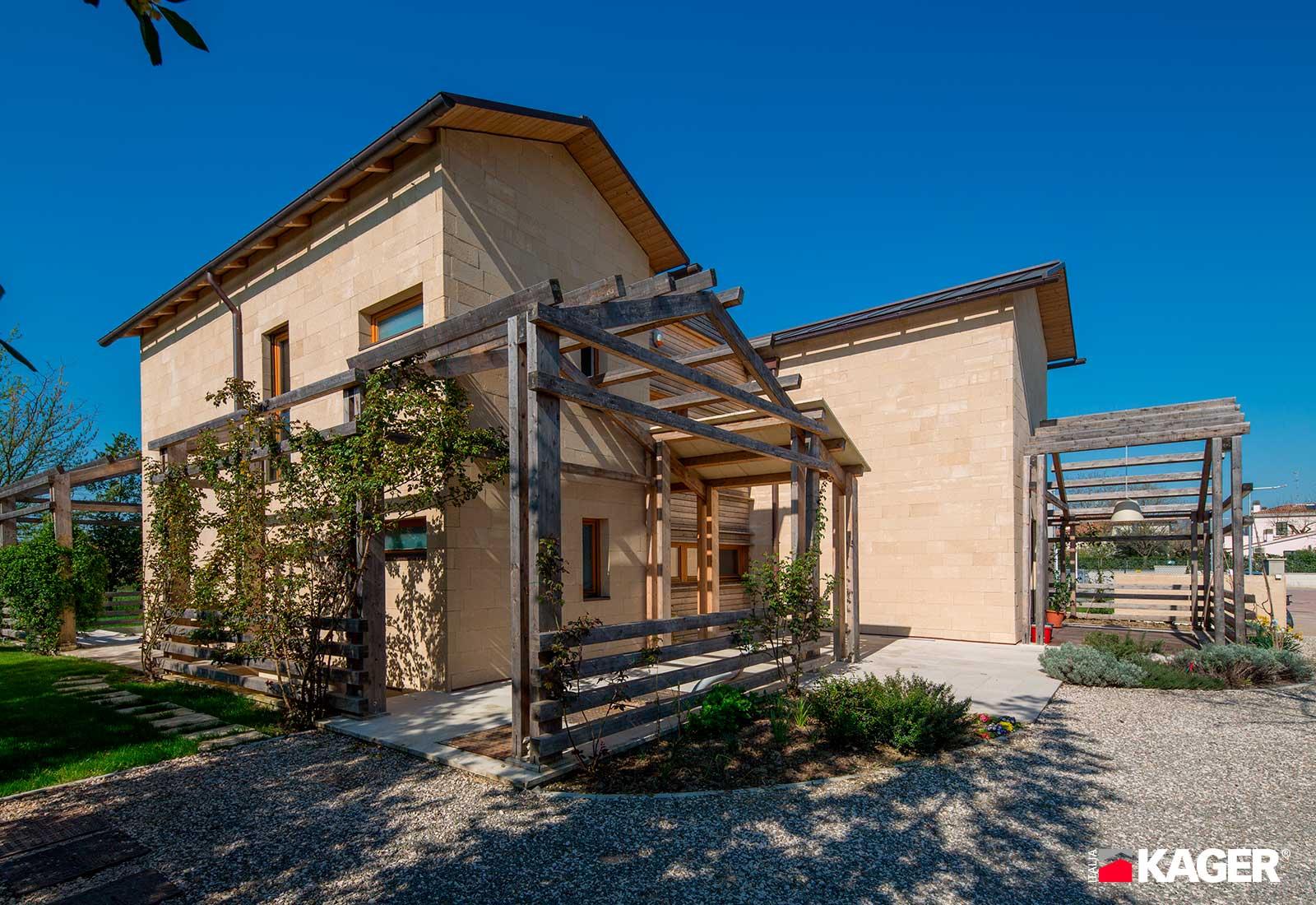 Casa-in-legno-Forli-Kager-Italia-03