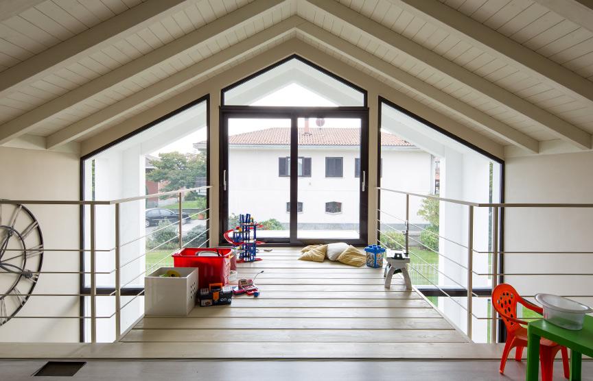 Kager-case-in-legno-parete-vetrate