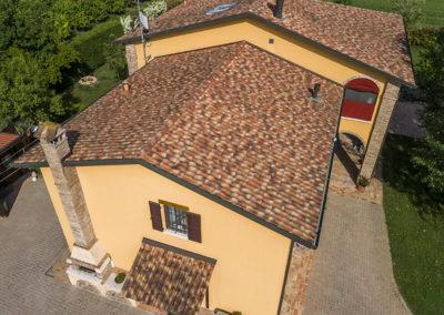 Resistenza-case-in-legno-Kager-dettaglio-tetto
